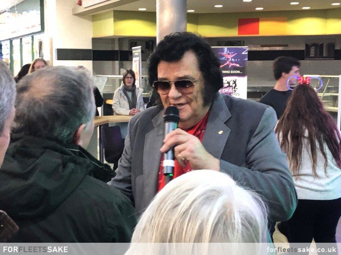 ELVIS PERFORMS TO FANS IN THE HART CENTRE