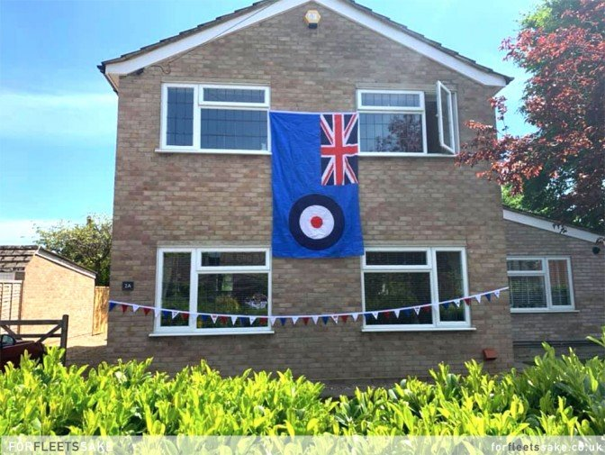 VE DAY 75TH ANNIVERSARY - 8TH MAY 2020 - FLEET HAMPSHIRE